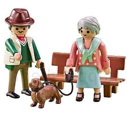 Playmobil 6549 Grandparents with Dog at the Park Grandmother